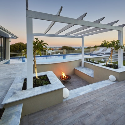 Fire pit - Stormstone and Greywood Alfresco Pavers