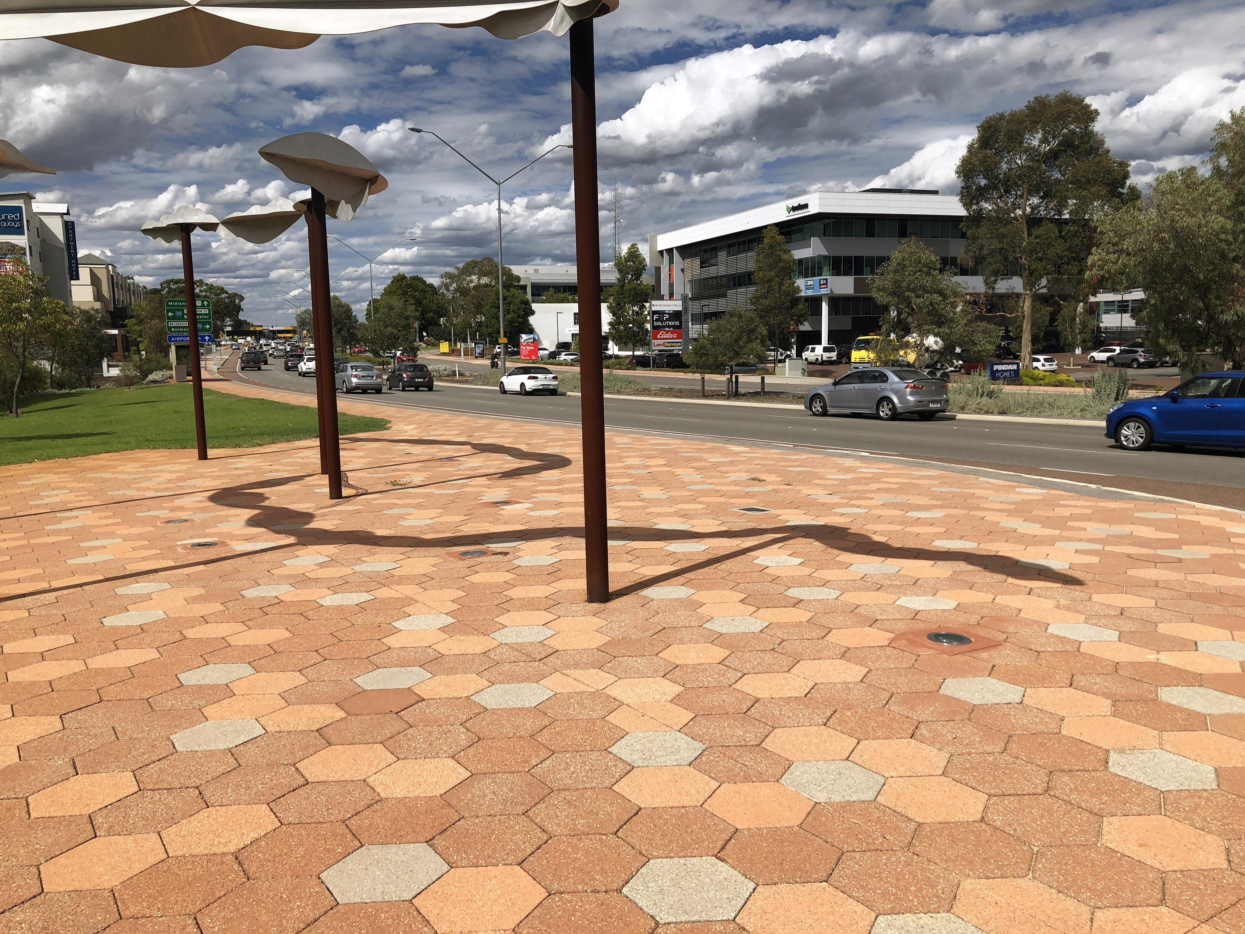 Great Eastern Highway - Hexagonal Quartz Paving