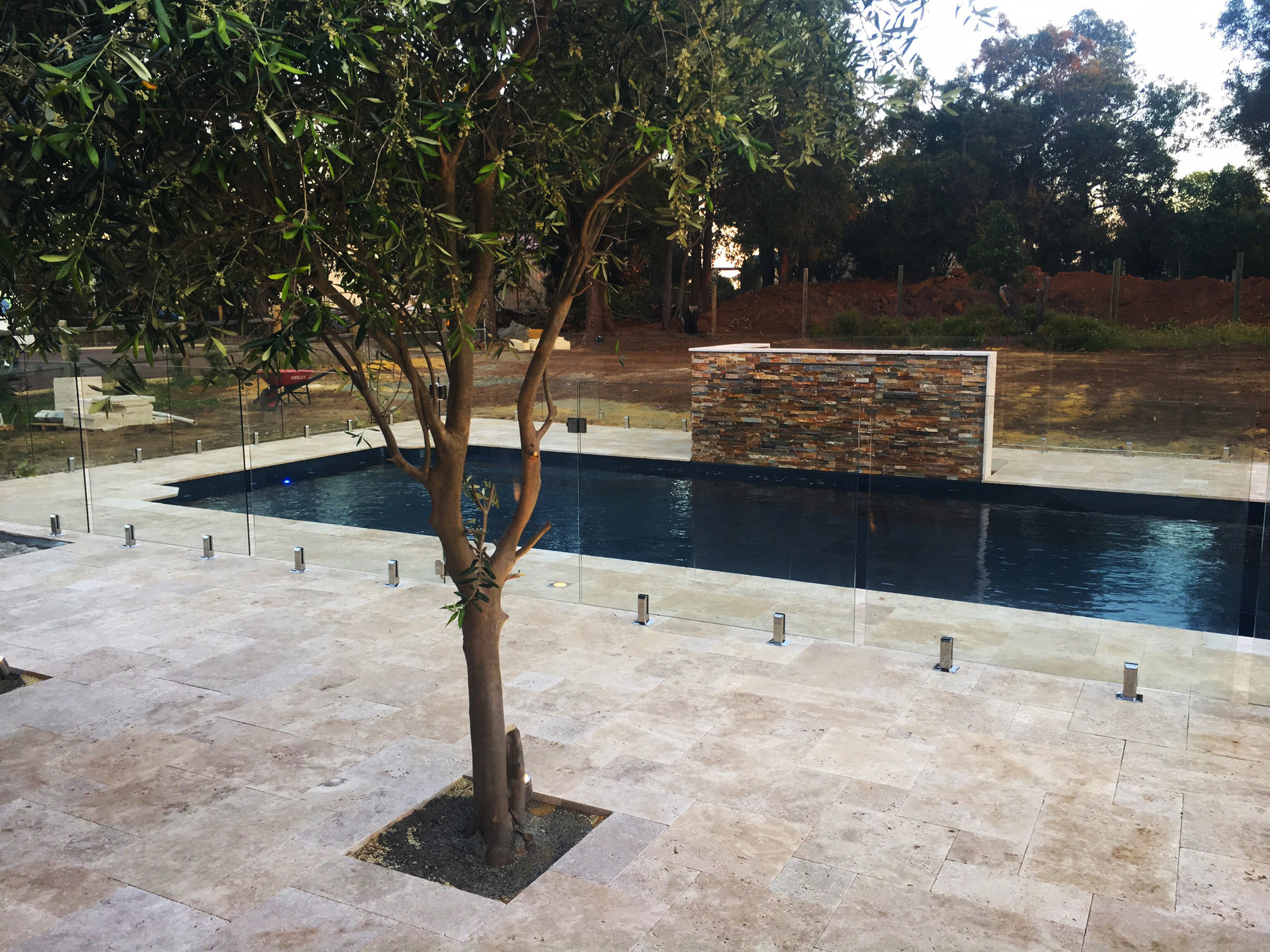 Cappuccino French Travertine Pool Paving