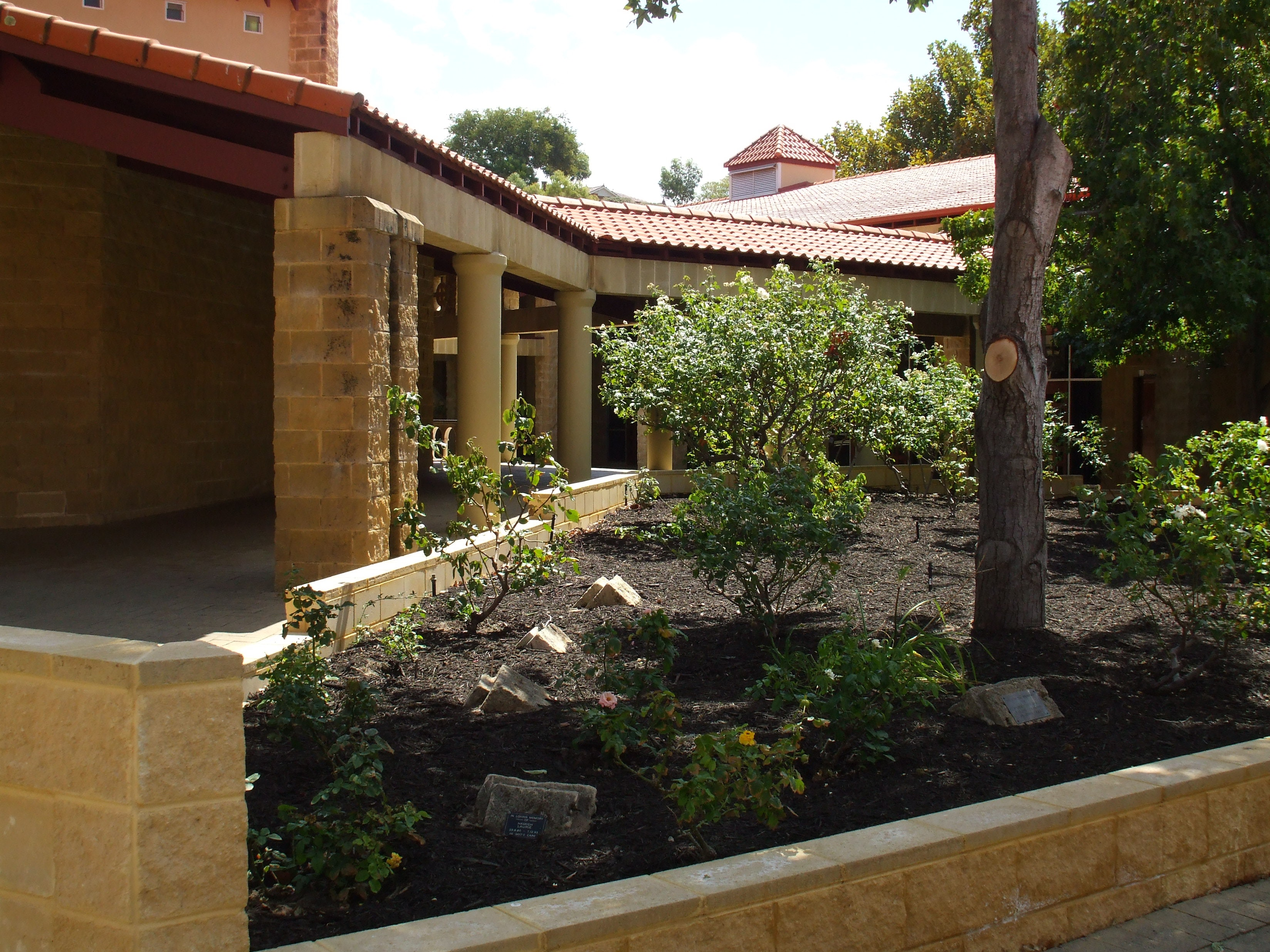 John XXIII College Remembrance Garden