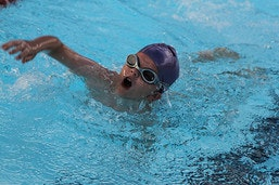 boy-swimming-img_8460.jpg