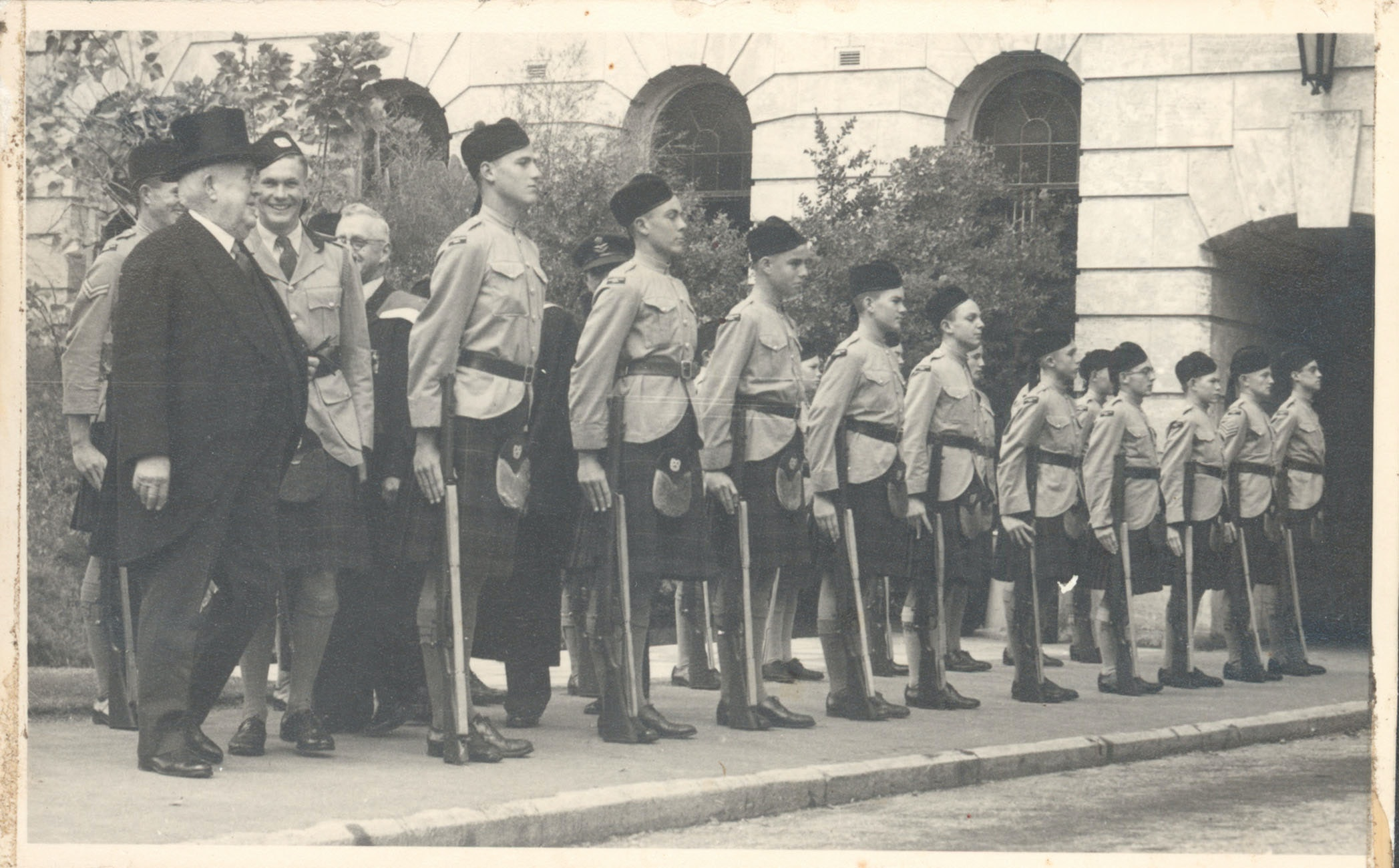 scotch-college-guard-of-honour-for-lt-govenor-may-1948-cadets-possibly-taken-at-uwa.jpg