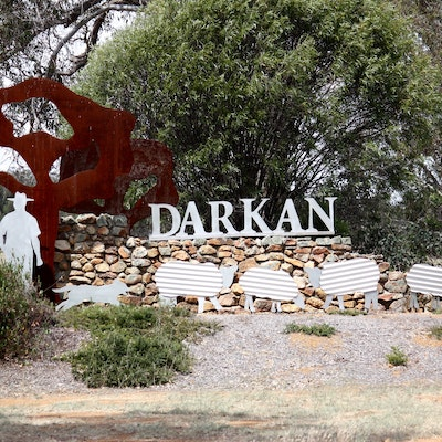 Darkan Sign