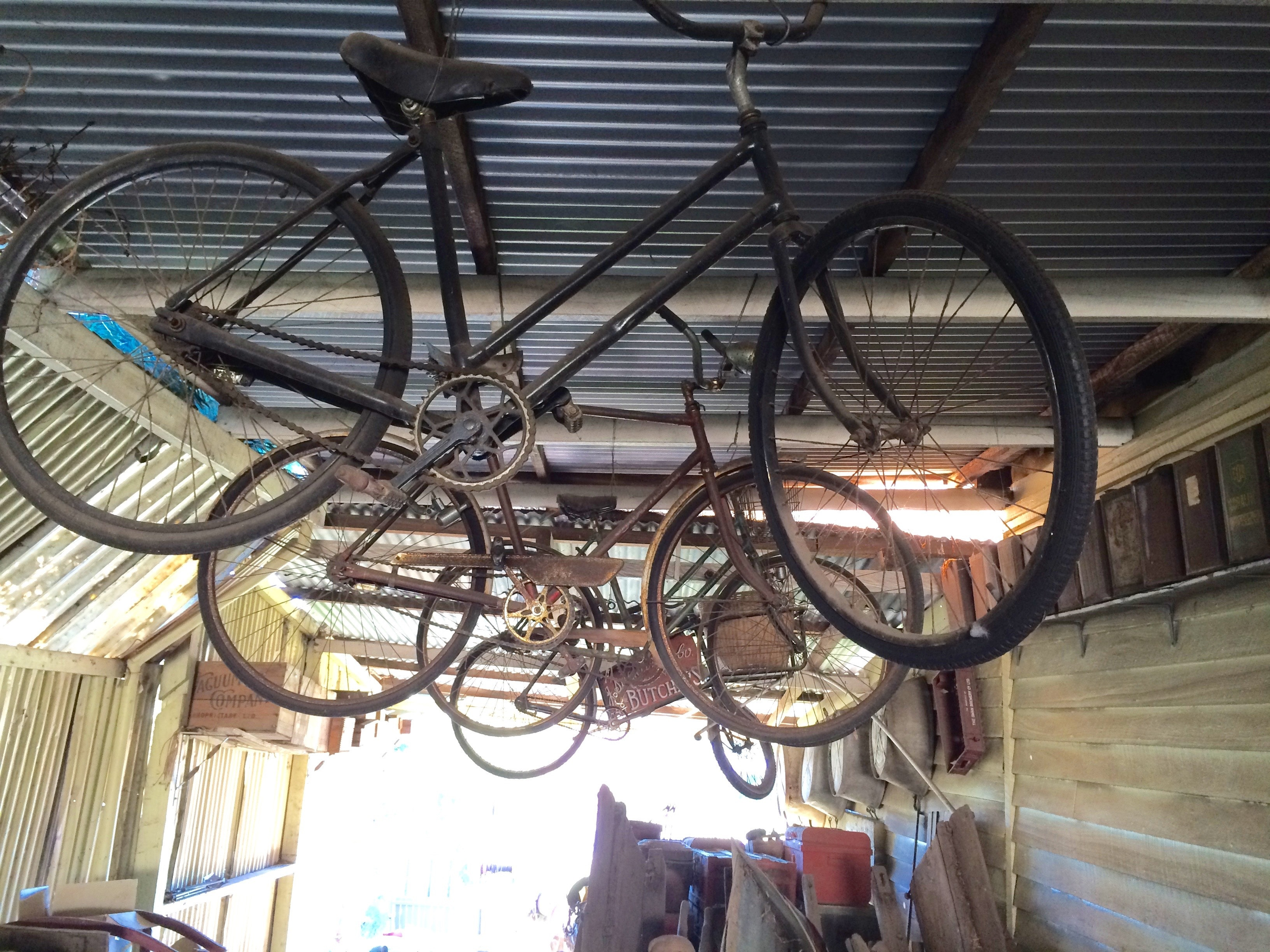Old bikes, Collie museum