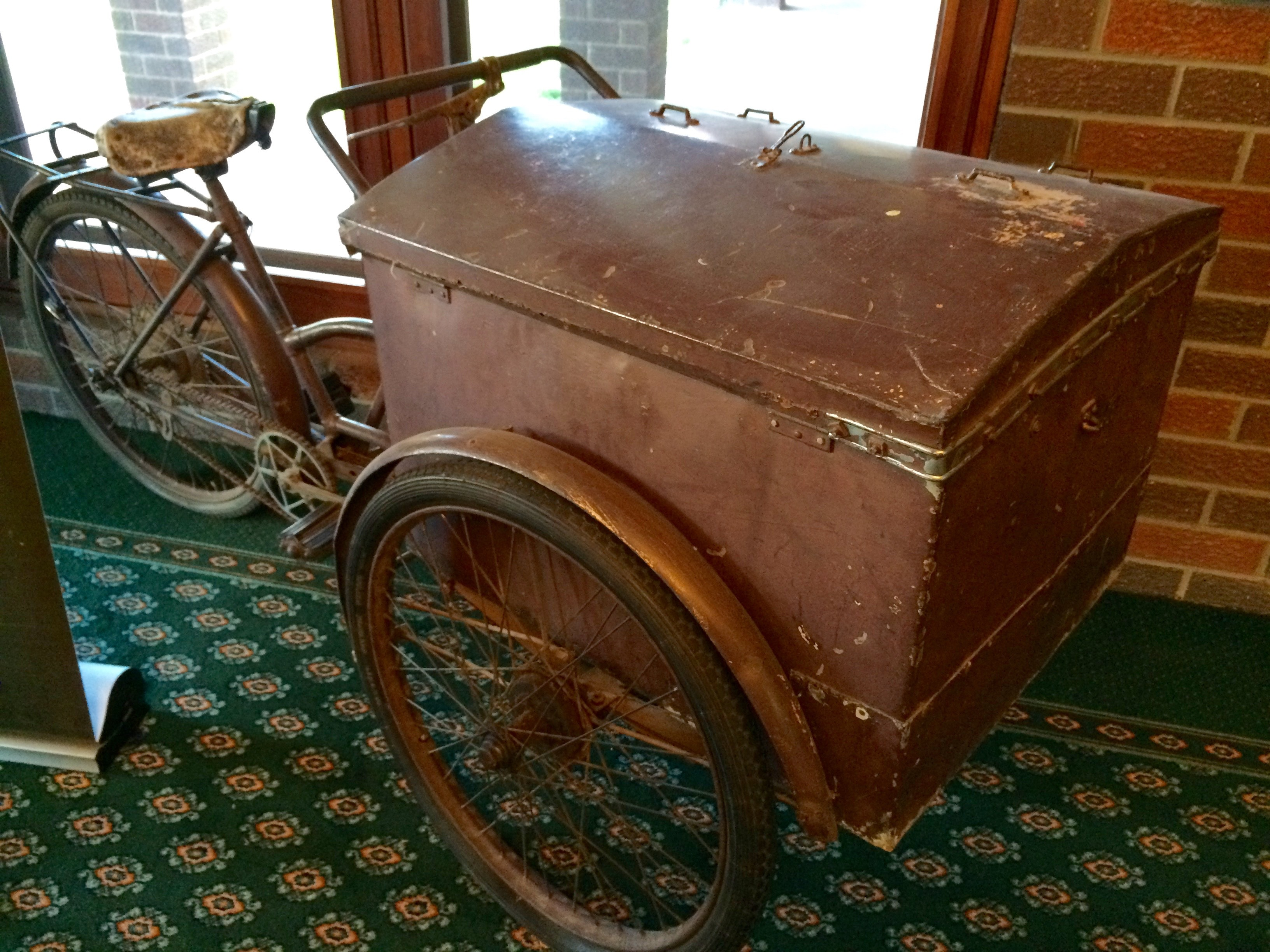 Delivery bike, Hyden
