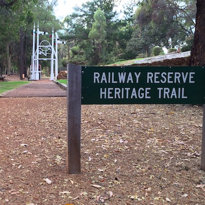 Mundaring Sculpture Park (Railway Reserves Heritage Trail)
