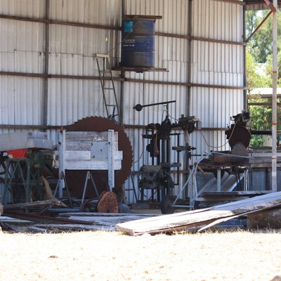 Small private mill near Pinjarra