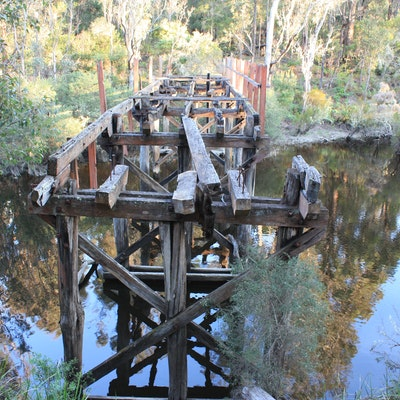 Old Warren River Rail bridge