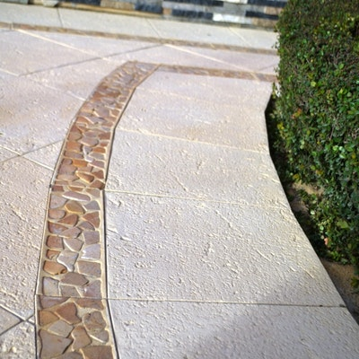 Ice Pavers and Riverstone Border