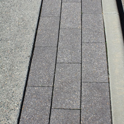 Charcoal Quartz 400x200 pavers