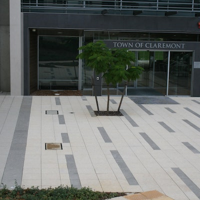 Ice Quartz & Charcoal Quartz 400x400 pavers