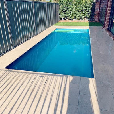 Bordeaux Pool Paving