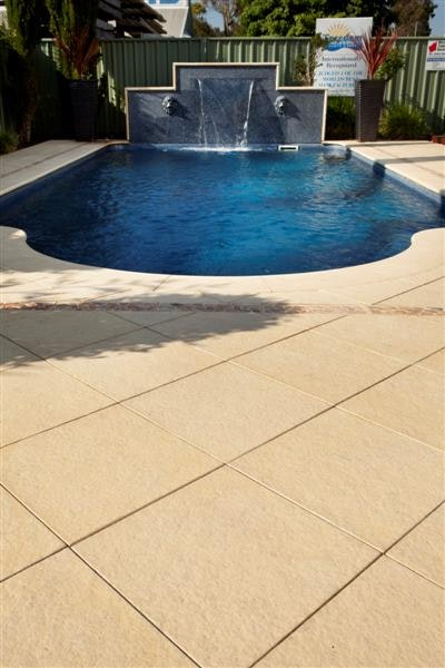 Sandstone Ridge Pavers