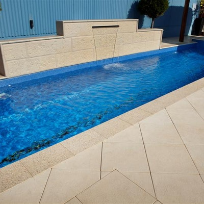 Ice Ridge Pool Pavers