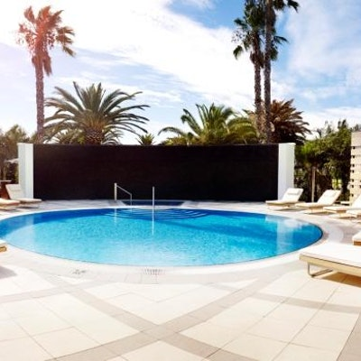 Crown Perth Pool Paving