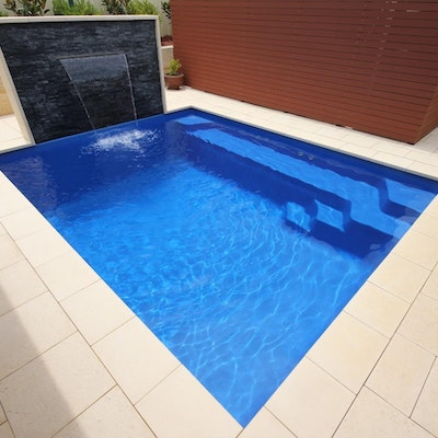 Sandstone Coral Pool Paving & Squarenose Capping