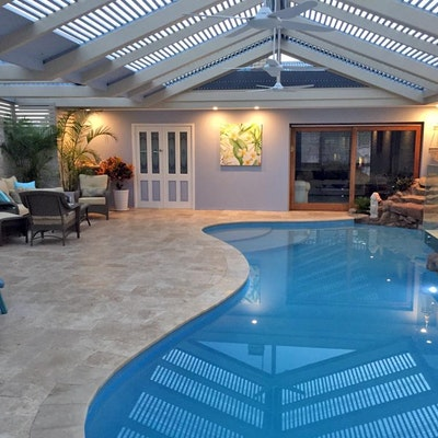 Roma French Travertine Pool Paving