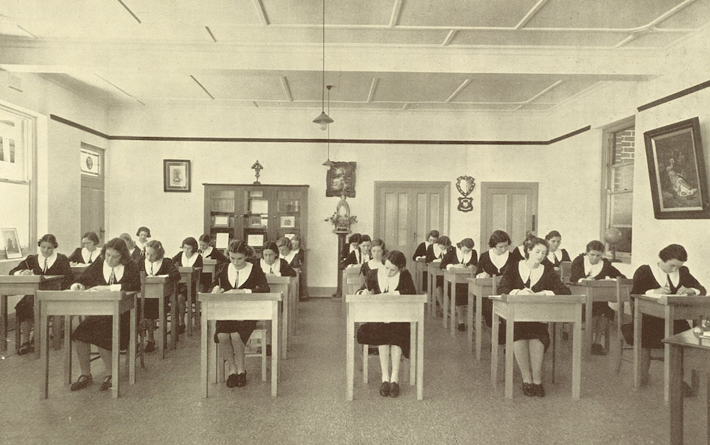 iona-c1940.png